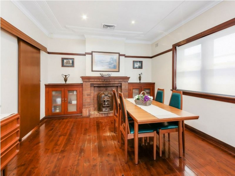 28 Middlemiss Street, Mascot NSW 2020