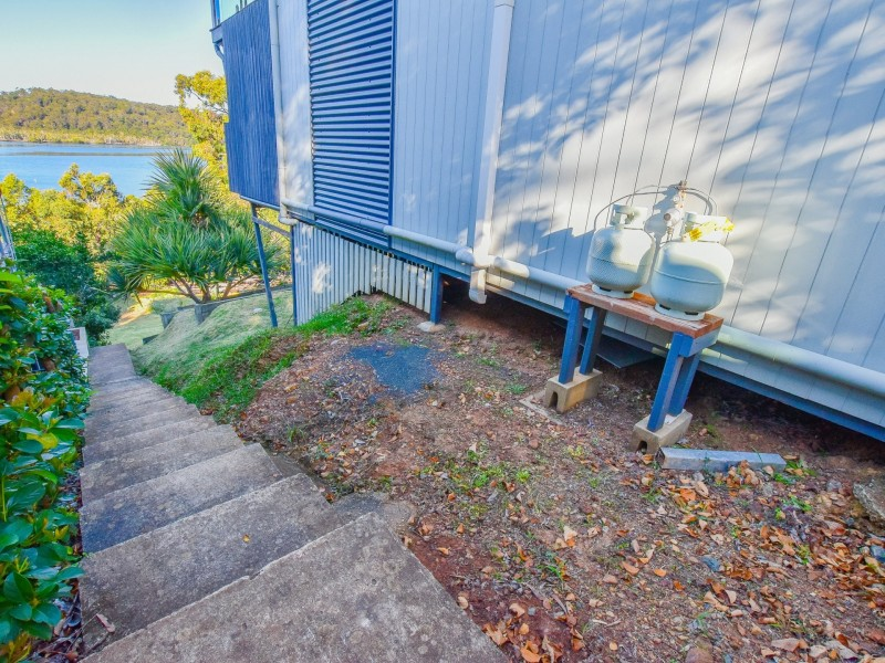 115 Wahine Drive, Russell Island QLD 4184