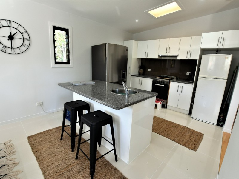 72 Tahlin Drive, Russell Island QLD 4184