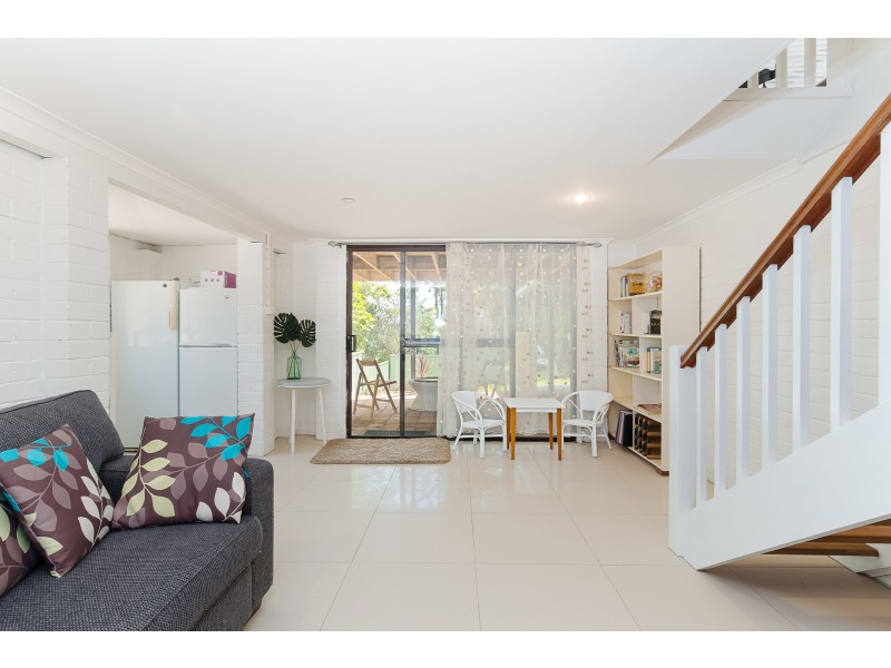 381 Coal Point Road, Coal Point NSW 2283