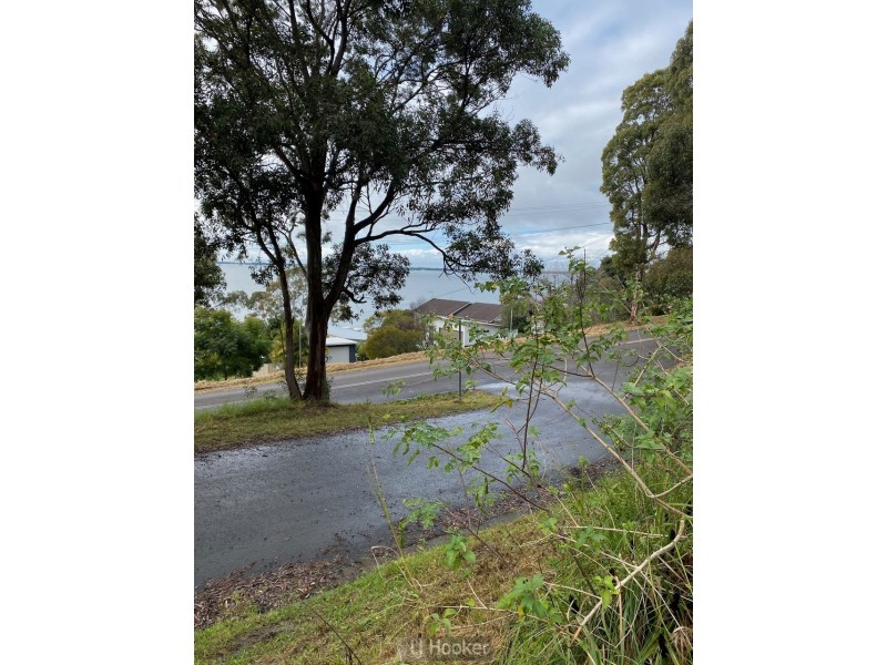 152 Fishing Point Road, Fishing Point NSW 2283