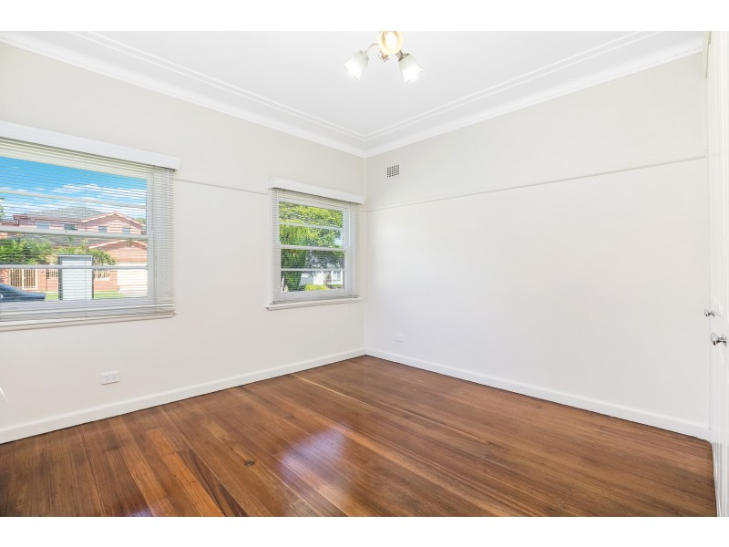 77 Brays Road, Concord NSW 2137