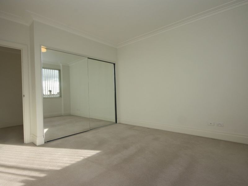 207/4 Rosewater Circuit, Breakfast Point NSW 2137
