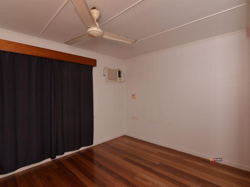 13 McDonald Street, Tully QLD 4854