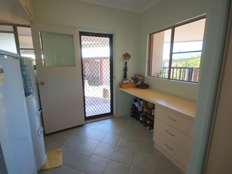 1 Leslie Lane, South Mission Beach QLD 4852