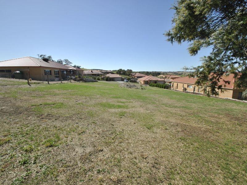 31 Carmelo Court, Hidden Valley VIC 3756