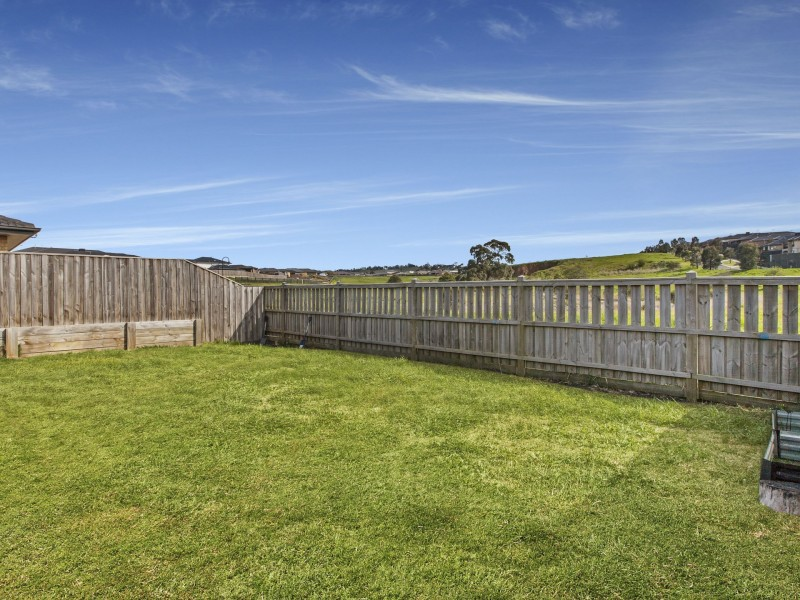 25 Grevillea Court, Wallan VIC 3756