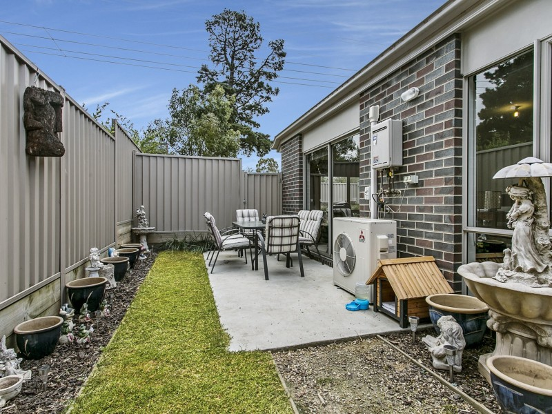 Unit 1/43 Darraweit Road, Wallan VIC 3756