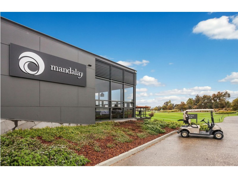 24 Golf Links Drive, Beveridge VIC 3753