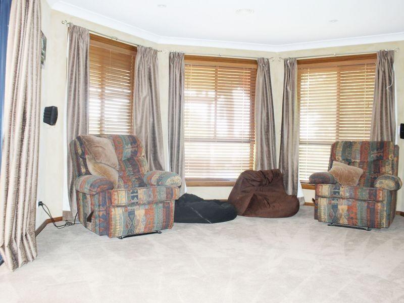 3 Negundo Place, Bathurst NSW 2795