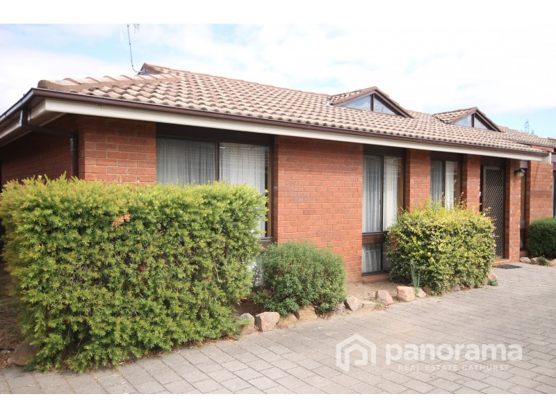 8/192 Lambert Street, Bathurst NSW 2795