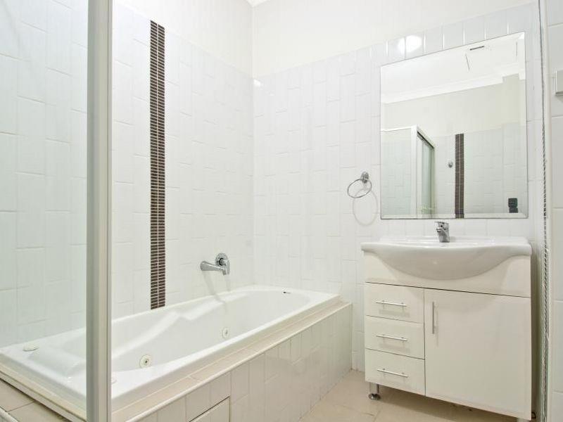 9/6-18 Redbank Road, Northmead NSW 2152