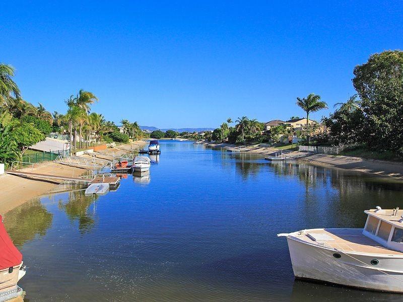 145 Rio Vista Boulevard, Broadbeach Waters QLD 4218