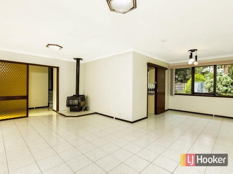 10 Lambert Crescent, Baulkham Hills NSW 2153
