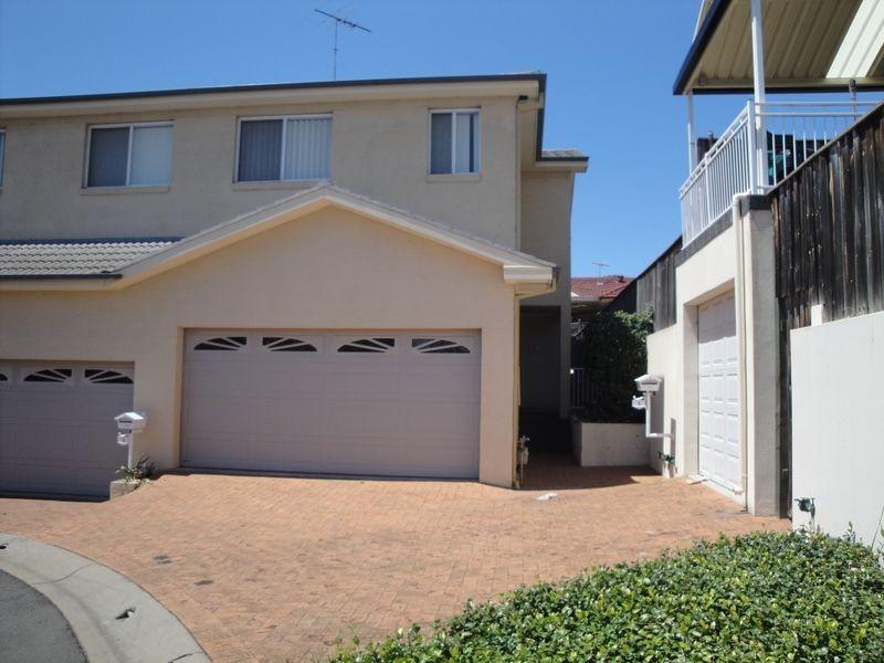1 Jacqui Circuit, Baulkham Hills NSW 2153