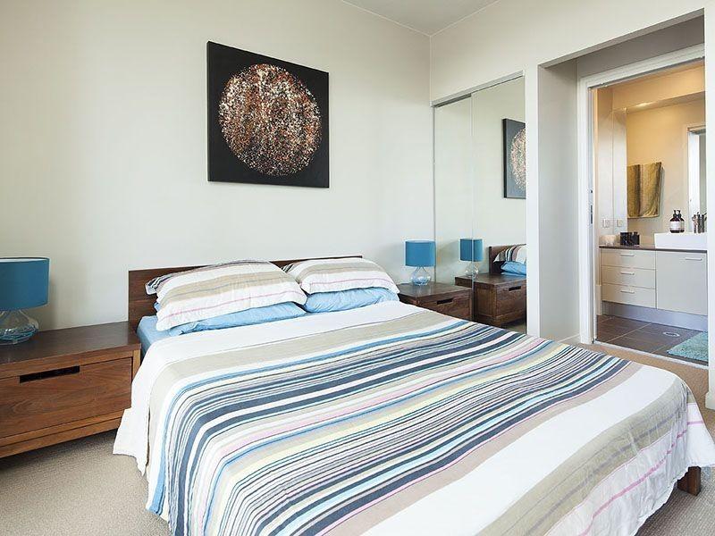 17 Nathan Street, Burleigh Heads QLD 4220