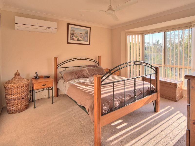 3 Rae Close, Camira QLD 4300