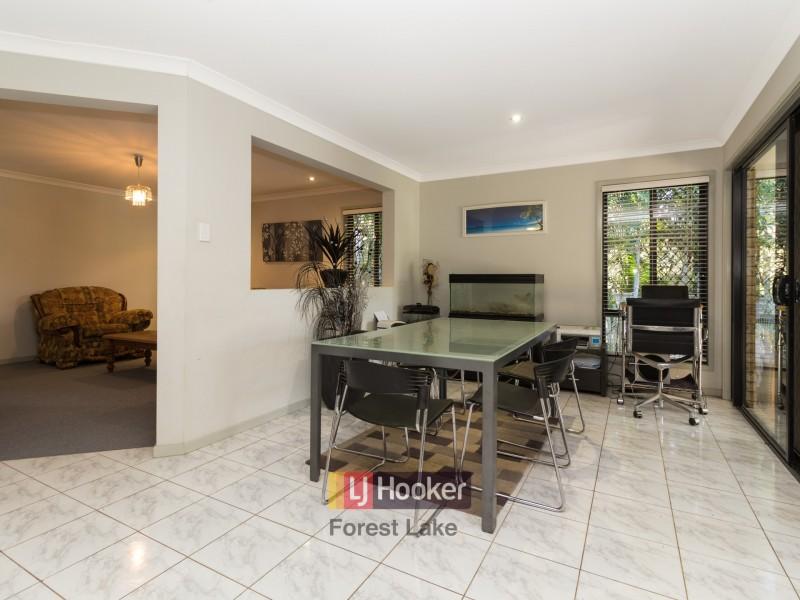 2 Daisy Place, Doolandella QLD 4077