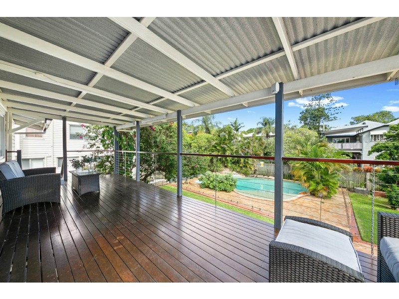 27 Hilton Street, East Brisbane QLD 4169
