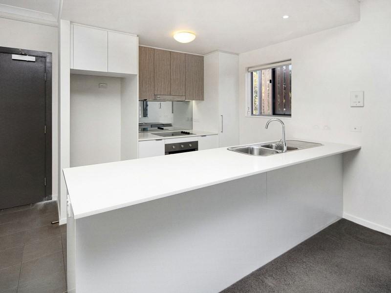 1/62 Waldheim Street, Annerley QLD 4103