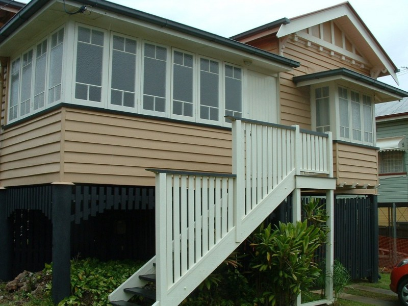 12 Laurier Street, Annerley QLD 4103