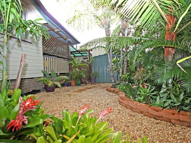4 Cummins Street, Hyde Park QLD 4812