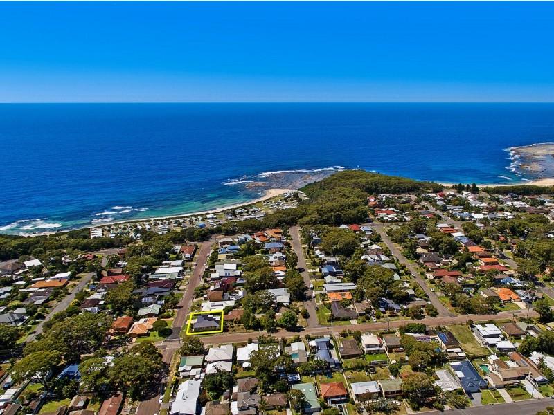 16 Lakin Street, Bateau Bay NSW 2261