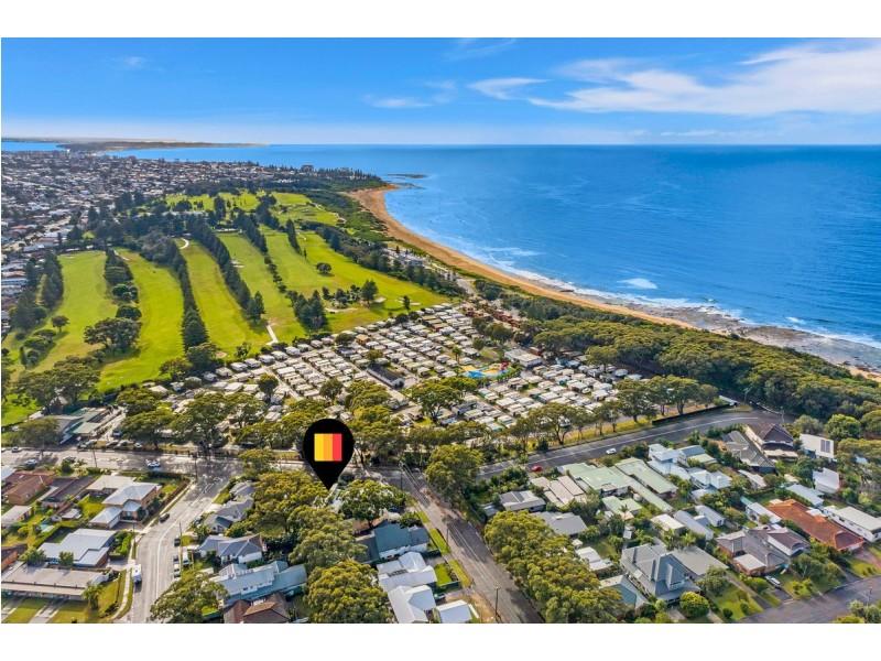 19 Bateau Bay Road, Bateau Bay NSW 2261