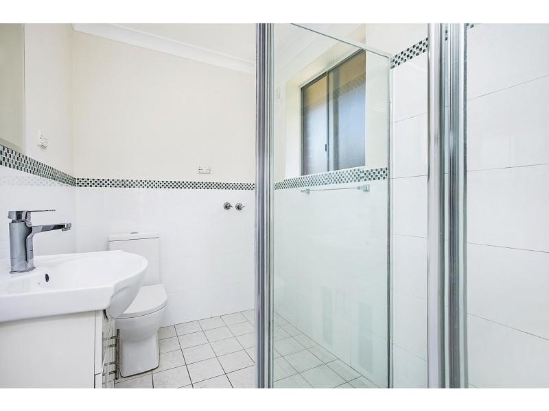 8/13 Mckern Street, Campsie NSW 2194