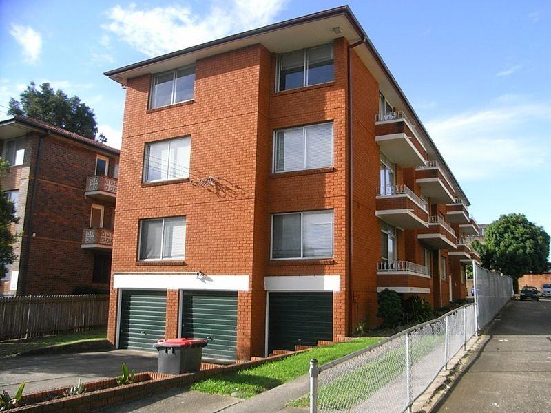 2/11 Loftus Street, Ashfield NSW 2131