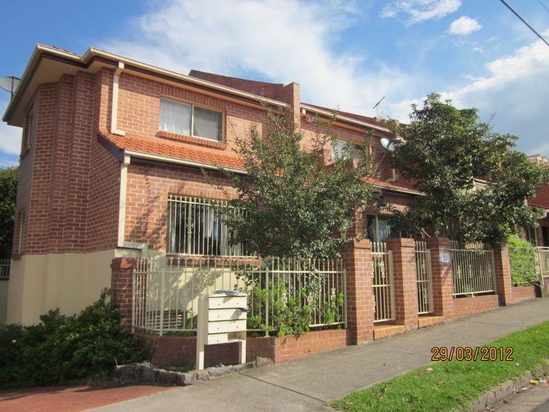 2/2 Tintern Road, Ashfield NSW 2131