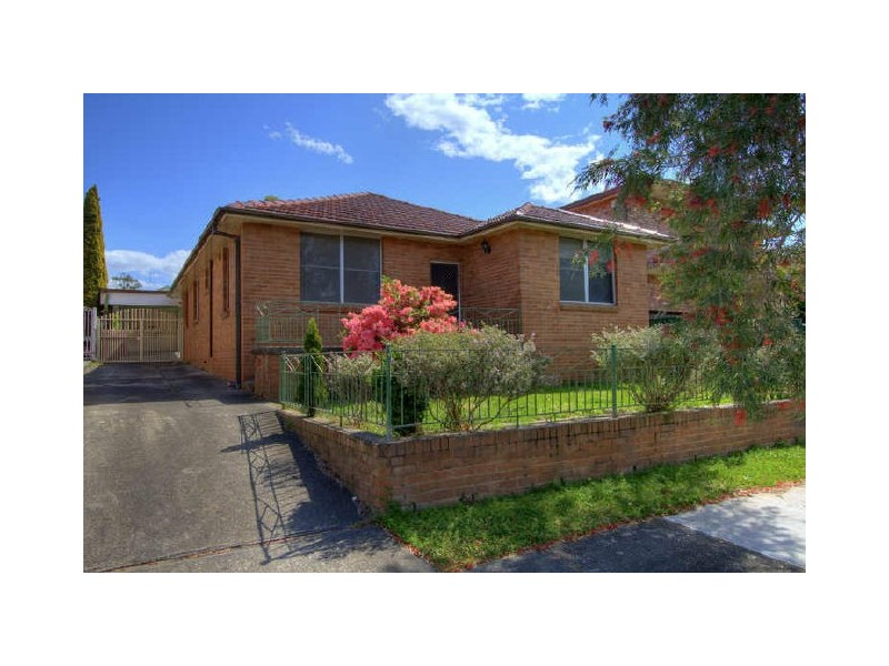 12 Woodlands Road, Ashbury NSW 2193