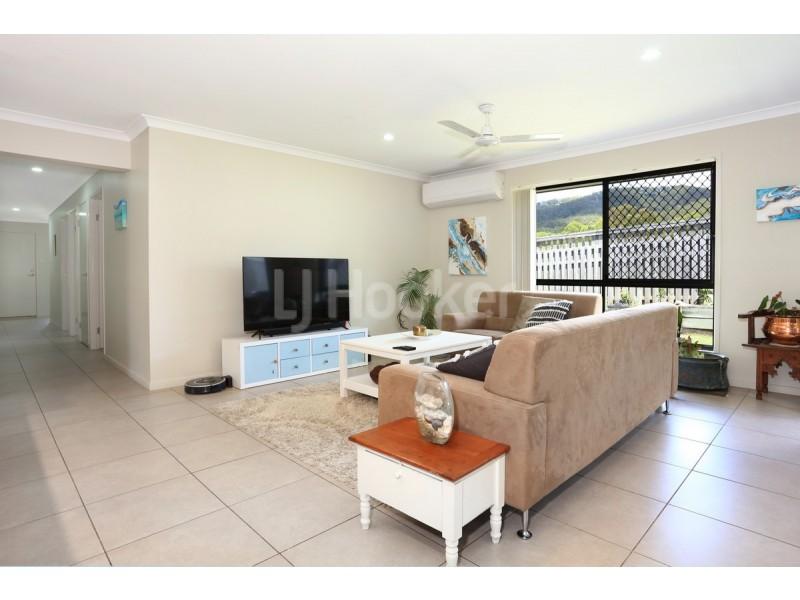 19 Coachella Crescent, Upper Coomera QLD 4209