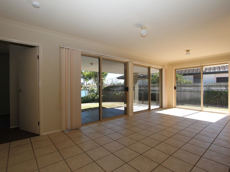 44 Burrendong Road, Coombabah QLD 4216