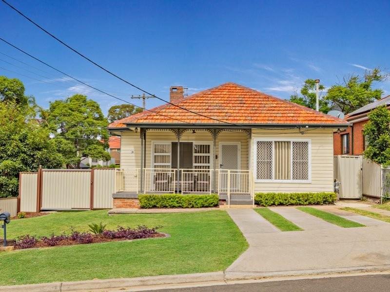 1A Buckland Street, Greenacre NSW 2190