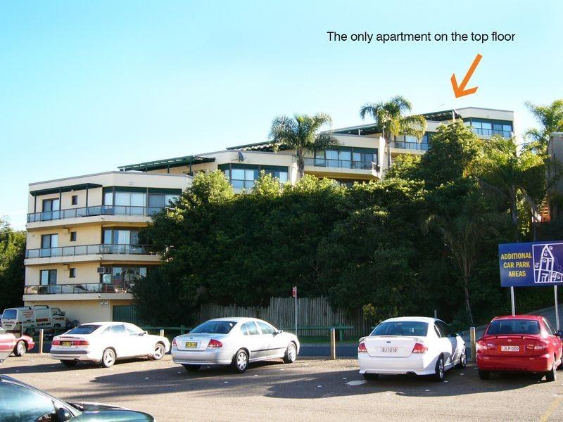"""1/13 Bent Street """"Clyde Terrace"""", Batemans Bay NSW 2536"""