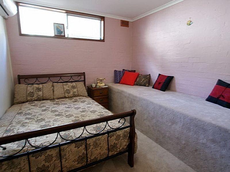 1/28 Calton Road, Batehaven NSW 2536
