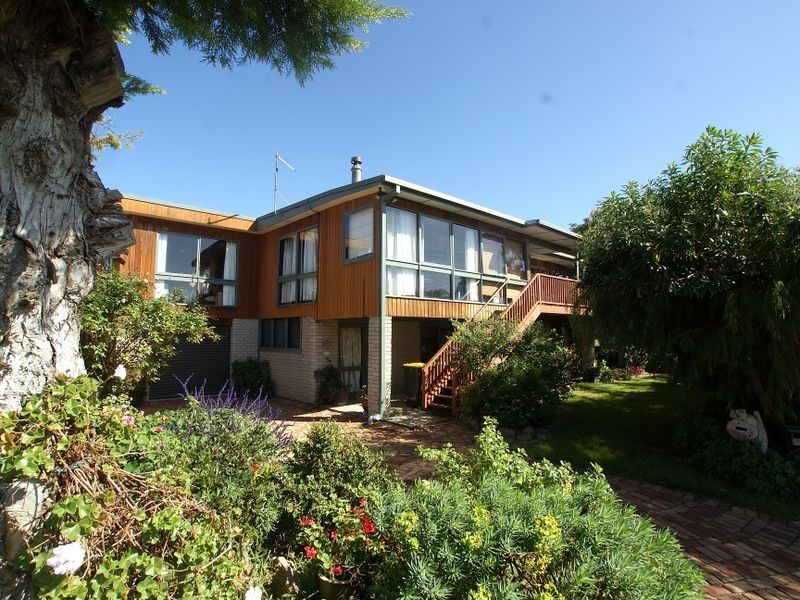 1 Harbour Drive, Broulee NSW 2537