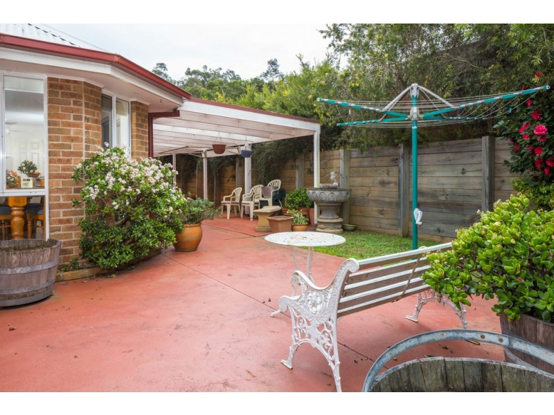 24 Broomfield Crescent, Long Beach NSW 2536