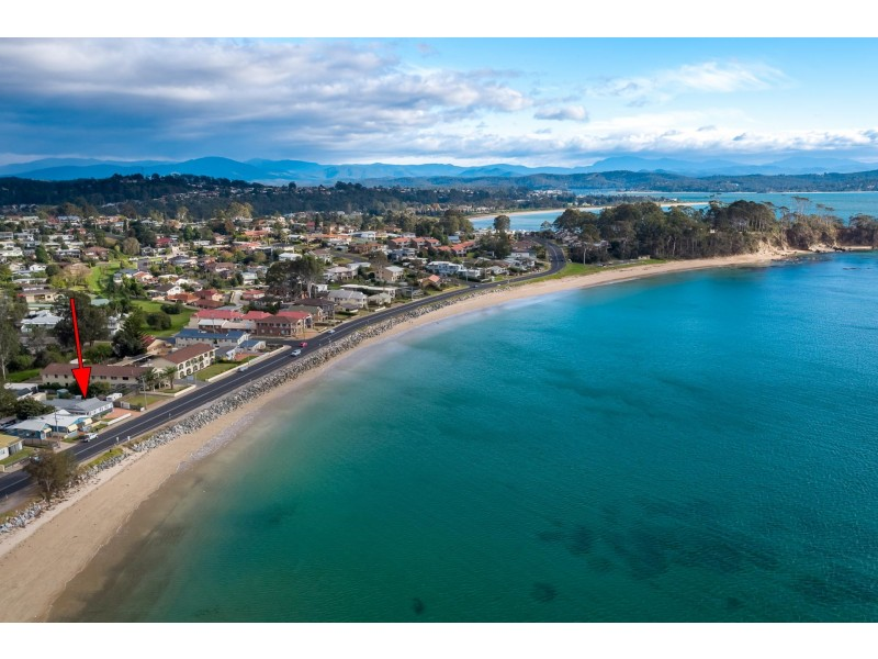392 Beach Road, Batehaven NSW 2536