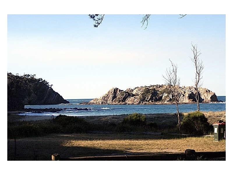 50 Beach Parade, Guerilla Bay NSW 2536