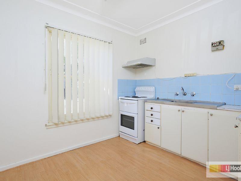 8/11 Second Avenue, Campsie NSW 2194