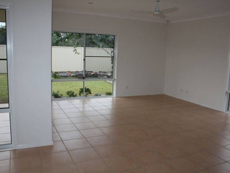 13 Sovereign Cct, Pelican Waters QLD 4551