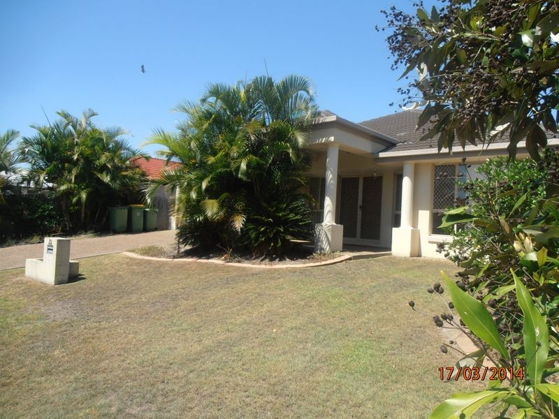 32 Lang Street, Pelican Waters QLD 4551