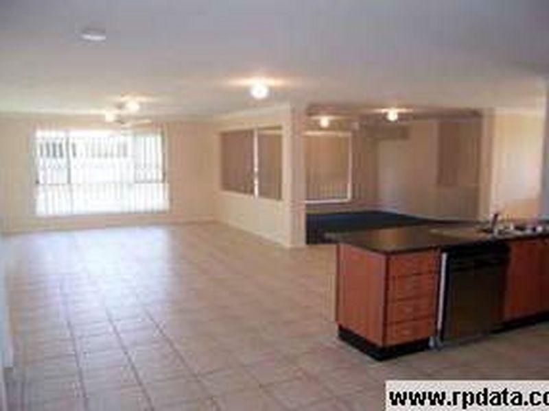 32 Lang Street, Pelican Waters QLD 4551