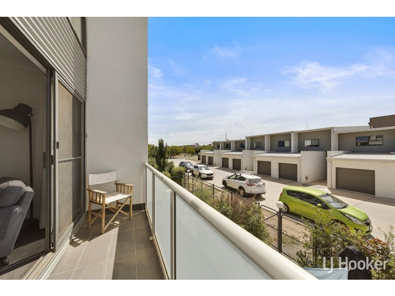 26/40 Henry Kendall Street, Franklin ACT 2913
