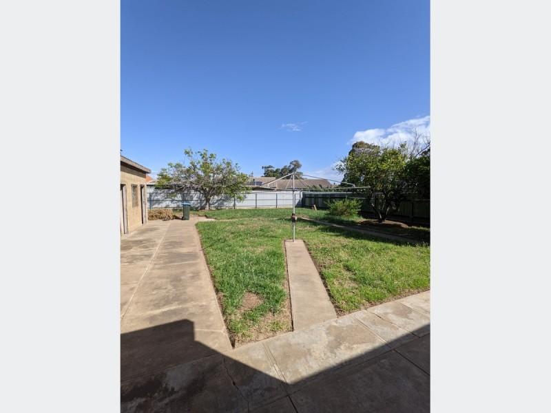 88 May Terrace, Ottoway SA 5013