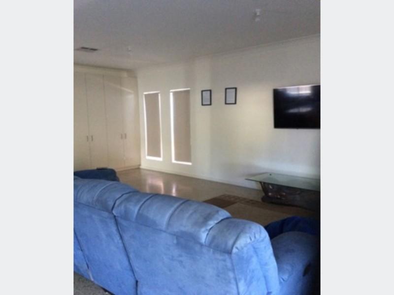 Room 4/62A Addison Road, Pennington SA 5013