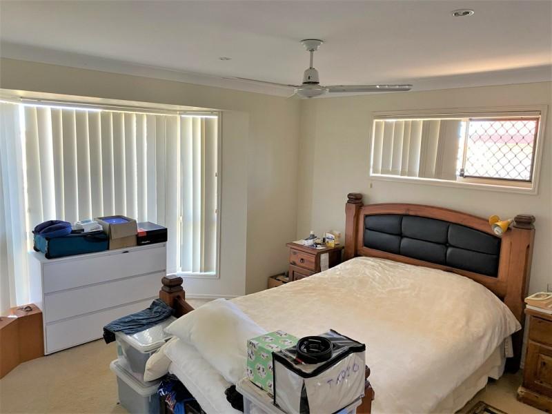 11 Oasis Drive, Kingaroy QLD 4610