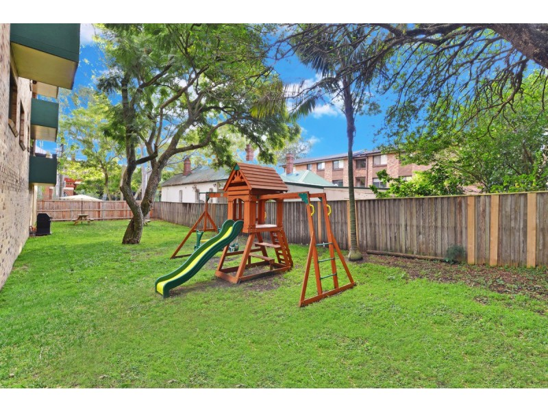3/102 Doncaster Ave., Kensington NSW 2033